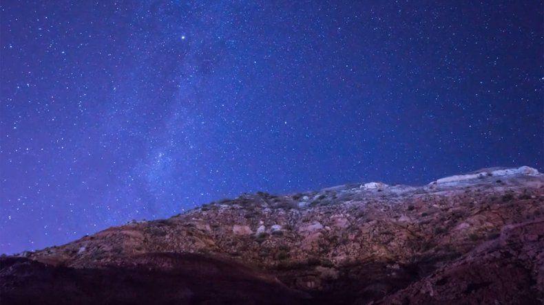 Una impresionante postal del cielo de Rincón
