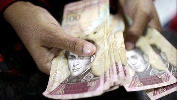 maduro le saca tres ceros al bolivar en medio de la crisis