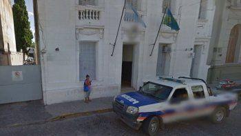 dos policias abusaron de una chica en un patrullero