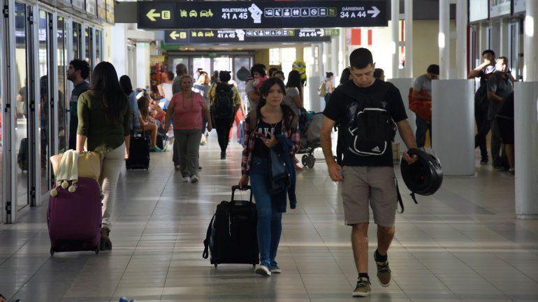 En el inicio de las vacaciones, viajó un 19% menos de turistas desde la ETON