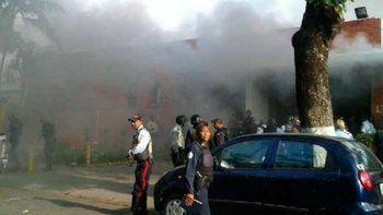 Al menos 68 muertos por el incendio de una cárcel en Venezuela