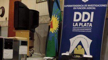 Alto jefe policial investigado por abusar de una detenida