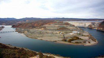 Hidroeléctricas: un oportuno aumento de las regalías