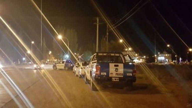 Plaza Huincul: encontraron una mochila llena de droga que llevaban padre e hija en un auto