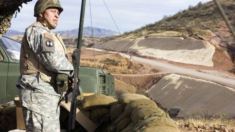 Mandan a 400 soldados al límite con México