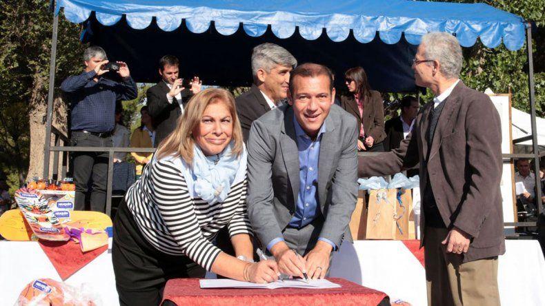 Gutiérrez llevó su gestión y la campaña al interior