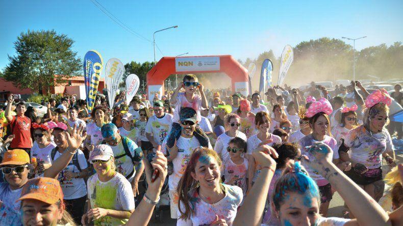 La Holi Corre 2018 pintó multicolor el domingo neuquino