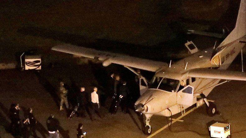 El diálogo se produjo entre el piloto y la torre de control del aeropuerto.