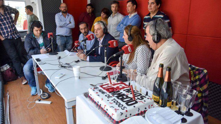 LU5 festeja sus73 años con música en el Monumento