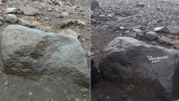 Los grafiteros del Lanín ya limpiaron su firma en la roca