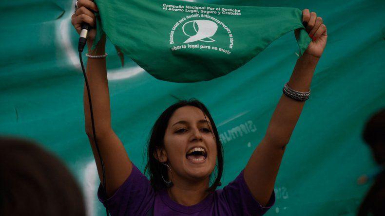 Pañuelazo por el aborto legal, seguro y gratuito