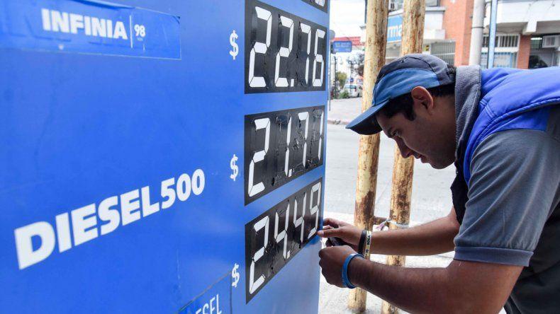 Gobierno y petroleras acordaron suspender el aumento de las naftas