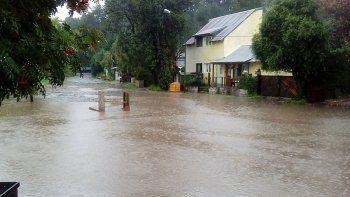 Desde el lunes se registraron intensas lluvias en La Angostura y Junín.