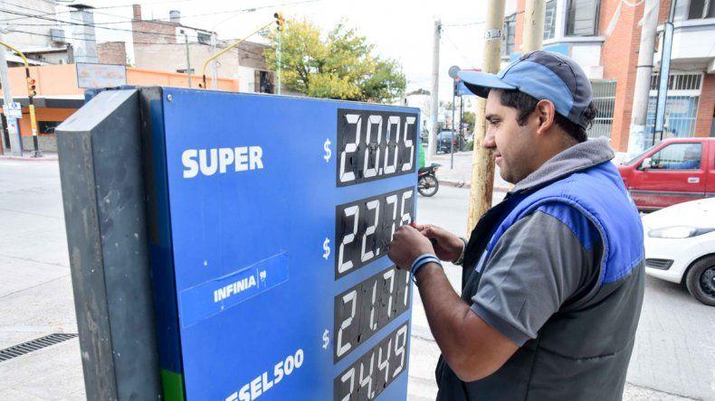 YPF le puso el moño a otro aumento de las naftas