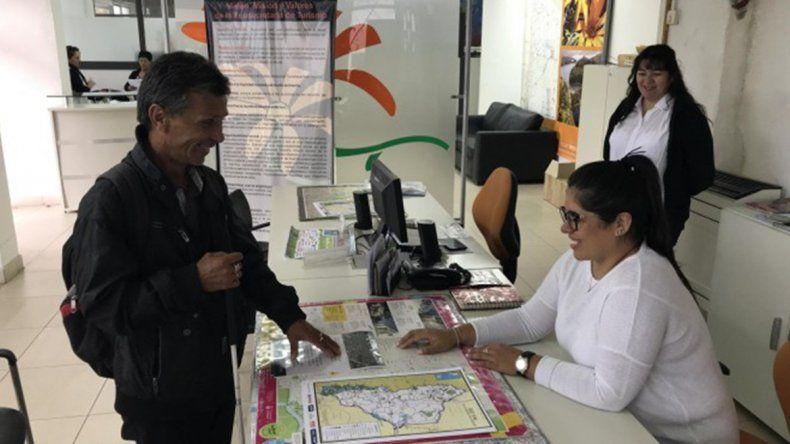 Neuquén ya cuenta con el primer folleto turístico en Braille