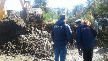 rescatan a un operario que quedo enterrado en una obra