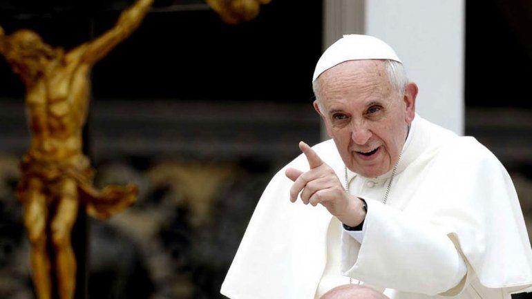 Apuntan a los que asesoraron mal al Papa en los abusos