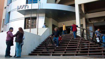 jubilados de municipios y comunas cobraran el bono extraordinario