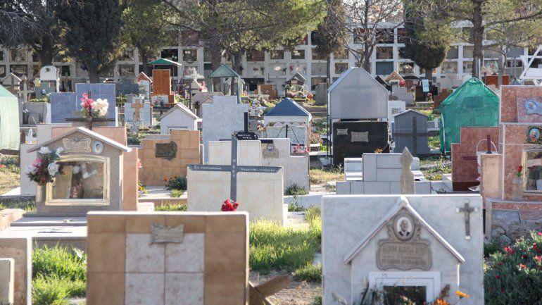 Canje macabro: pedía costillares a cambio de tumbas