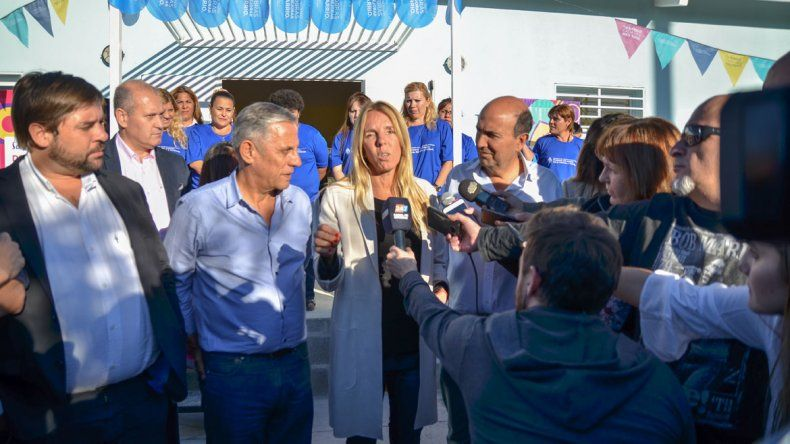 Pechi inauguró un NIDO en Valentina