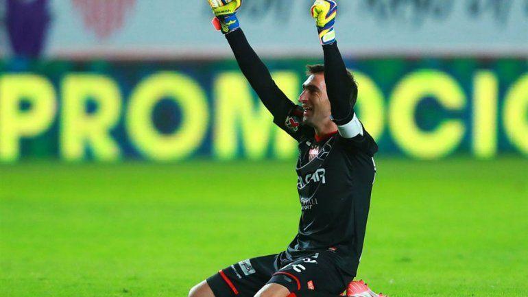 Trapito festejó el tercer título de la Copa que logró el Necaxa.