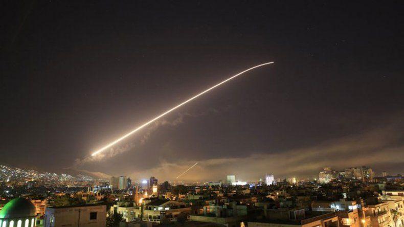 Trump ordenó bombardear Siria en un plan conjunto con Francia y Reino Unido