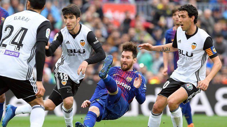 Barcelona sigue imbatible en el camino hacia el título de la Liga española