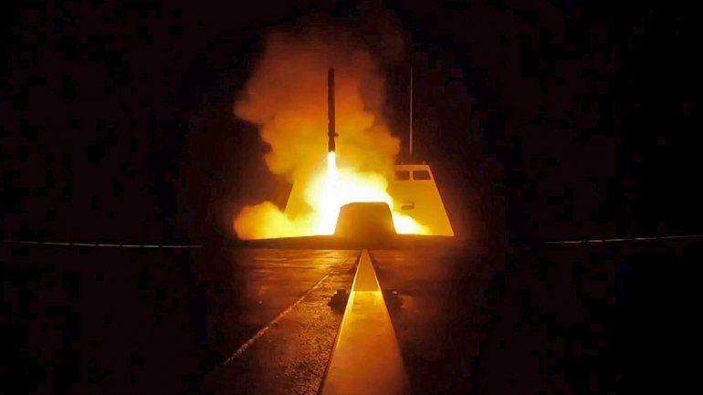 EE.UU. anunció que está listo para atacar otra vez