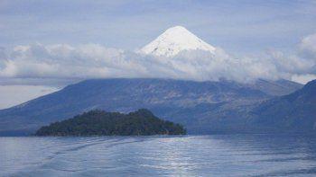 ahora monitorean el volcan osorno por un movimiento sismico