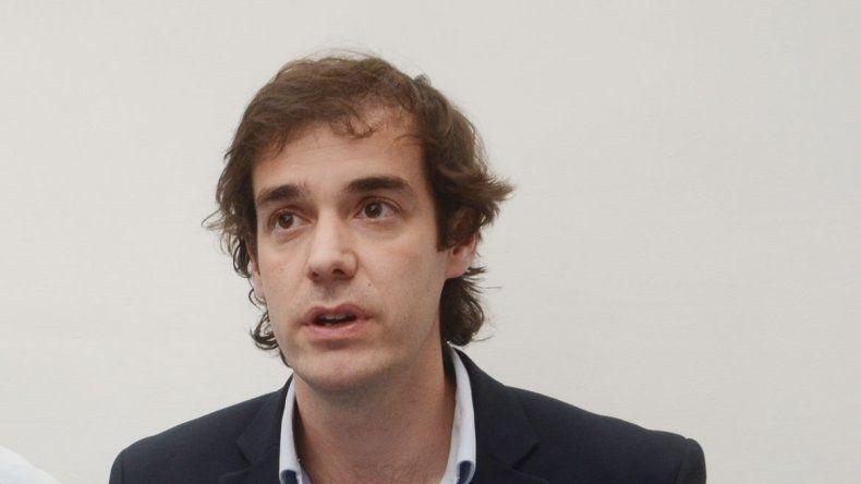 Leandro López se pelea por las obras que son de Nación