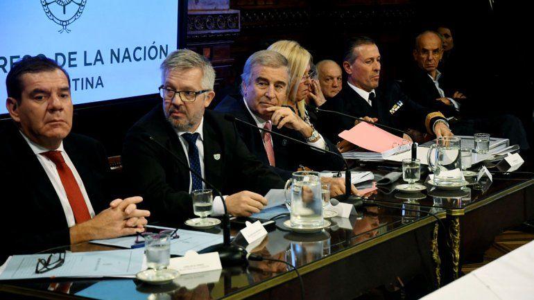 Aguad: Buscaremos el submarino el tiempo que sea necesario