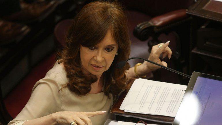 La senadora dio detalles de su propuesta a través de Twitter.