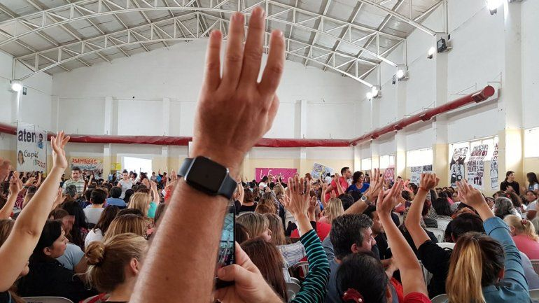Las asambleas de ATEN rechazaron la oferta oficial