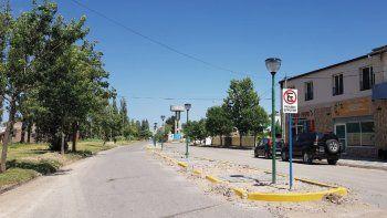 la municipalidad de plottier busca 12 barrenderos