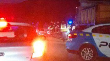 un motociclista murio tras ser embestido en la ruta 40