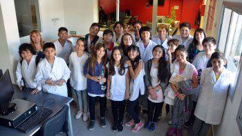 Estudiantes de séptimo grado de la Escuela 74 visitaron LMN y LU5