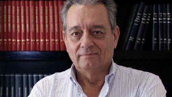 Ernesto López Anadón, titular del IAPG, difunde Vaca Muerta.