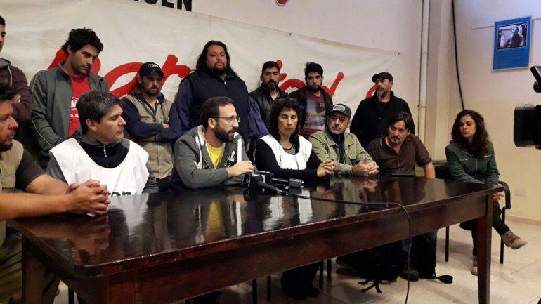 Organizaciones y sindicatos denunciaron persecución política tras el allanamiento a Demian Romero