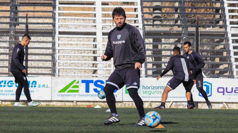 El delantero del Albinegro ansía recuperarse y volver a entrenar.