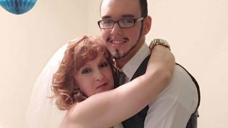 Polémica historia de amor: ella tiene 72 años y él 19