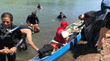 Otra vez limpiarán el Limay con la ayuda de buzos