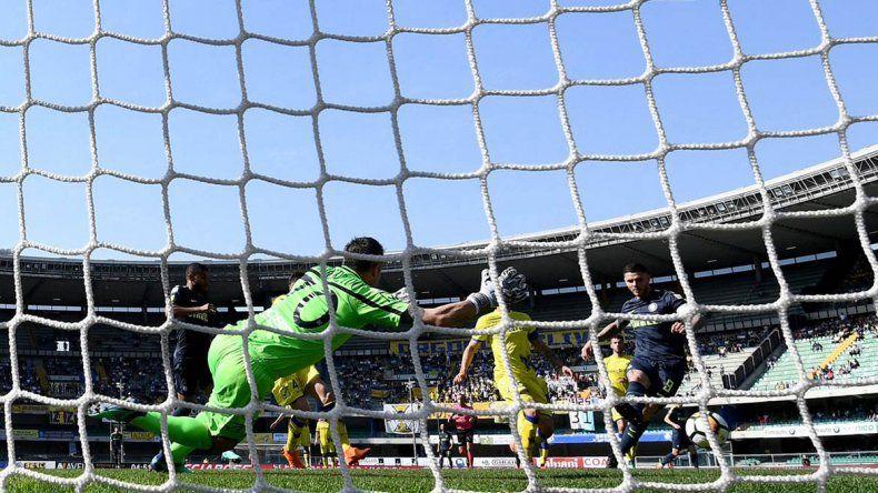 Icardi presiona con goles para llegar al Mundial