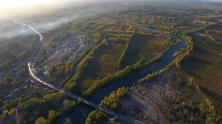 Quieren torres y loteos en una isla en el río Neuquén