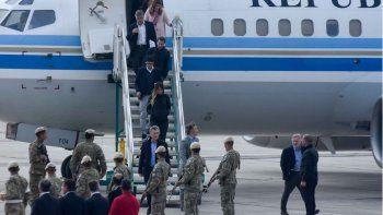 Así fue el breve paso de Macri por el aeropuerto neuquino