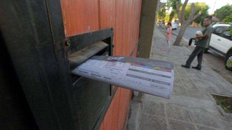 Autorizan un aumento del 27% para la tarifa de la luz en Neuquén