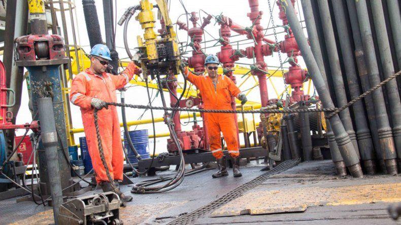 Aumento petrolero:  la paritaria se reúne para ver si hay firma