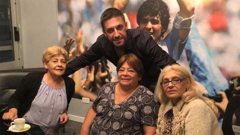 Las hermanas de Maradona defenestraron a Claudia y Dalma salió en su defensa