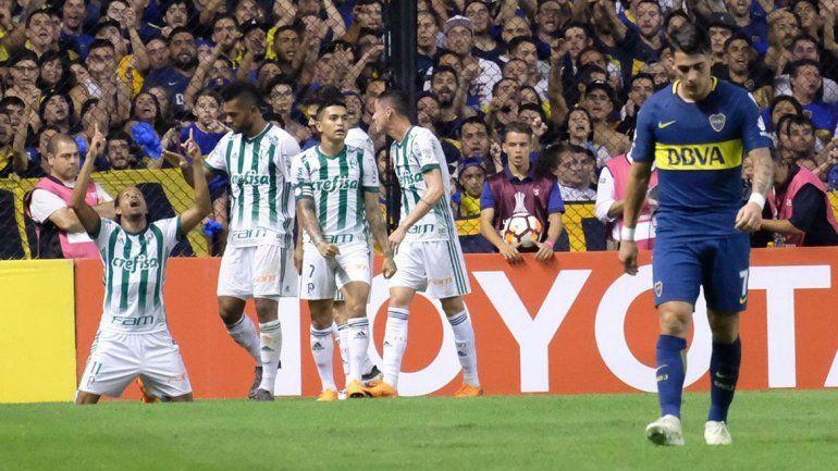 El equipo de Guillermo se complicó mucho y ahora deberá obtener un buen resultado en Colombia para clasificar. El partido de esta noche de Junior-Alianza es clave.