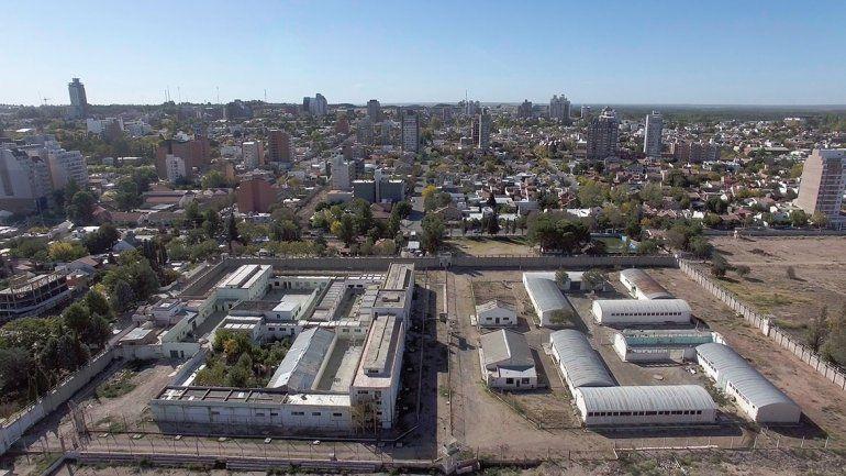Postergaron la subasta de tierras de la ex cárcel U9