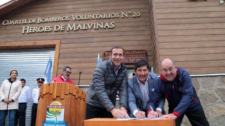 Villa Pehuenia ya tiene un cuartel de bomberos de lujo